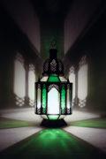 Die orientalischen Laternen werden in Marokko von ausgewählten Künstlern hergestellt. Die Orient Laternen verzaubern Ihre Umgebung in ein Ambiente aus 1001 Nacht.