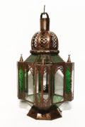 Die orientalische Laterne Medina wird in Marokko von ausgewählten Künstlern hergestellt. Die Orient Laternen verzaubern Ihre Umgebung in ein Ambiente aus 1001 Nacht.