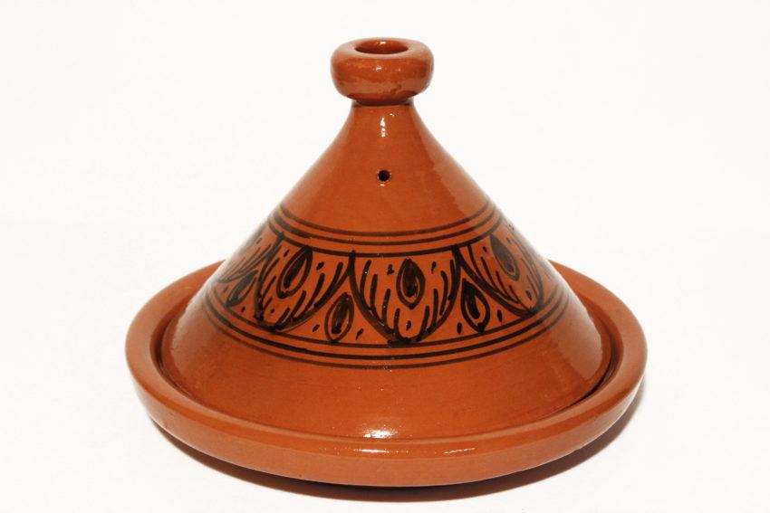 Die traditionellen Tajine Safi werden in Marokko hergestellt. Marokkanische Tajine kaufen bei El-Fesi / Oriental Art Decor.