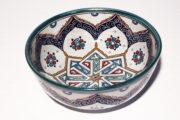 Die orientalische Schüssel Alina aus Steingut eignet sich für jede Küche. Orientalisches Geschirr von El-Fesi / Oriental Art Decor.