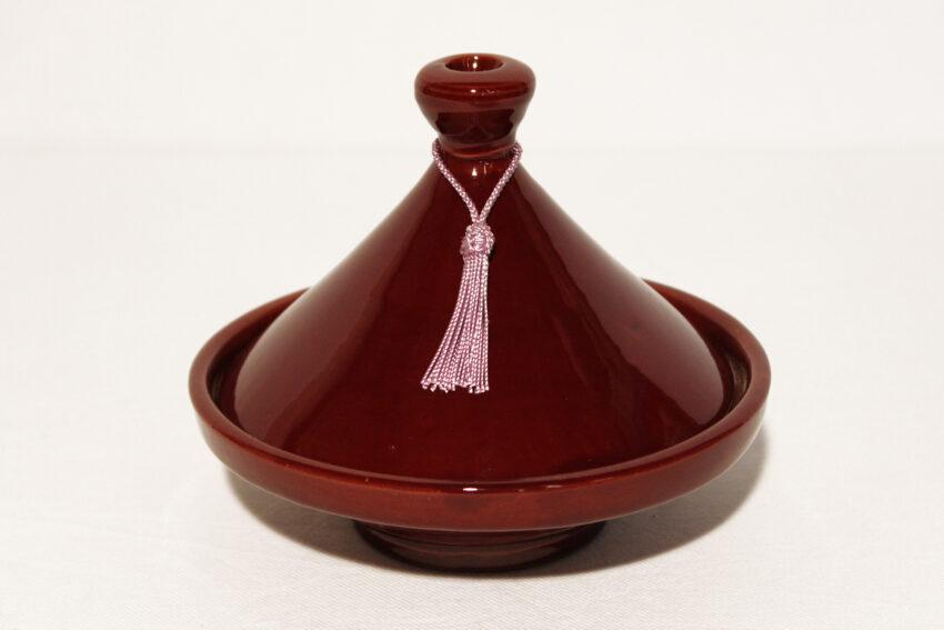 Die traditionelle glasierte Tajine Deko-Dunkelrot wird in Marokko hergestellt. Marokkanische Tajine Deko kaufen im Onlineshop von El-Fesi / Oriental Art Decor.