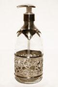 Die Die Seifenspender Munia werden in Marokko traditionell von Hand hergestellt. Ein Echter Hingucker für Sie und Ihre Gäste.